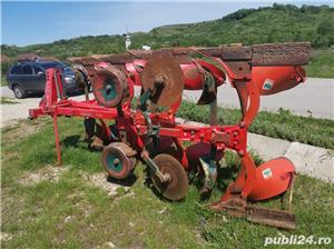 Remorcă platformă baloti, Remorci cereale 12 tone - 26 tone, Plug - imagine 12