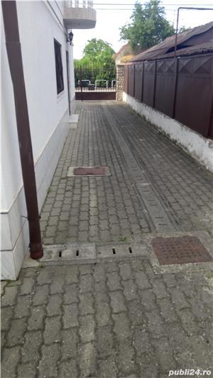 IN ZONA GIROCULUI-LIDL,DE INCHIRIAT PT BIROU SI/SAU LOCUIT-700 E - imagine 3