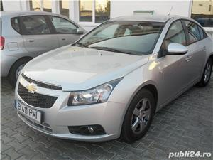 Chevrolet Cruze - imagine 3