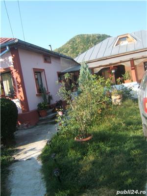Casa de vanzare zona deosebita langa Valenii de Munte - imagine 3