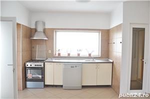 Inchiriez apartament ultracentral in vila zona Trei Stejari - imagine 3
