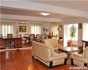 Inchiriez apartament ultracentral in vila zona Trei Stejari - imagine 1