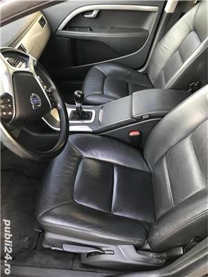 Volvo V 70 1.6 D , Piele , Navi 2011 - imagine 8