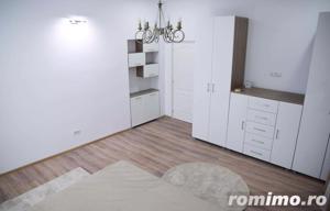 Casă / Vilă cu 21 camere de vânzare în zona Cismigiu - imagine 2
