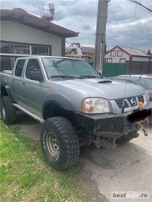 Nissan Pickup - imagine 4