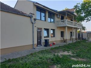 Dau in chirie vila in Sintandrei , P+M , teren mare 1800 mp , gaz , 6 camere 2 bai - imagine 10