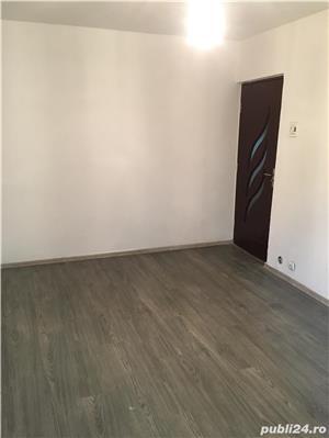 Vand Apartament 2 camere - imagine 12