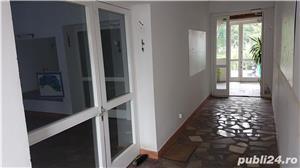 Casa / Spatiu comercial de inchiriat - in Parneava str. Liviu Rebreanu, nr. 72A - imagine 3