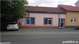 Casa / Spatiu comercial de inchiriat - in Parneava str. Liviu Rebreanu, nr. 72A - imagine 2