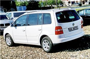 VW TOURAN - 1.6 BENZINA - 116 C.P. - CUTIE AUTOMATA - vanzare in RATE FIXE cu avans 0%. - imagine 4