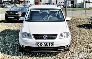 VW TOURAN - 1.6 BENZINA - 116 C.P. - CUTIE AUTOMATA - vanzare in RATE FIXE cu avans 0%. - imagine 2