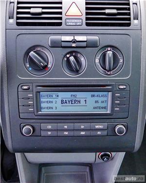 VW TOURAN - 1.6 BENZINA - 116 C.P. - CUTIE AUTOMATA - vanzare in RATE FIXE cu avans 0%. - imagine 15