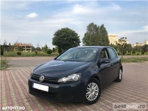 Volkswagen Golf VI / 1.6 TDi 105 CP / Navigatie RNS 510 / Tapiterie Piele Bej / Senzori de Parcare . - imagine 11