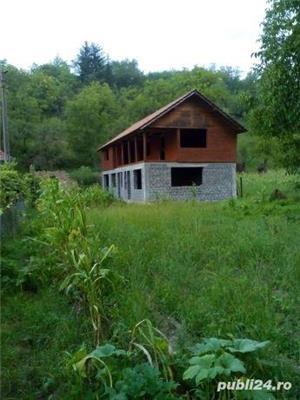 Vând casă la țară  - imagine 7