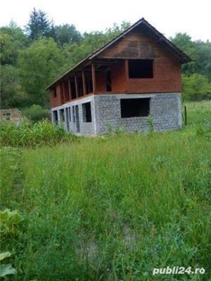 Vând casă la țară  - imagine 3