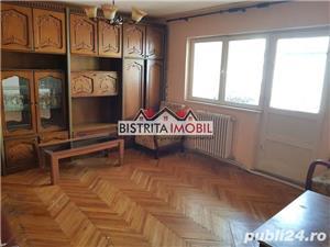 Apartament 3 camere, Imp. Traian, etaj 2, decomandat, 2 balcoane - imagine 1