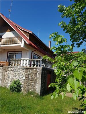Casa in zona epica, pe malul lacului Branesti, Cernica, Ilfov - imagine 8
