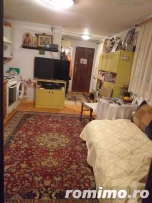 Casa familiala si casa de oaspeti pe un teren de 900 mp in Crevedia - imagine 19