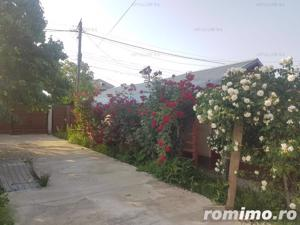 Casa familiala si casa de oaspeti pe un teren de 900 mp in Crevedia - imagine 4