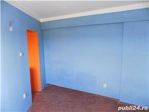 Vand apartament 3 camere in Moreni - imagine 6