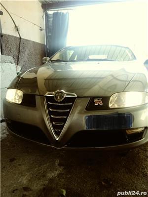 Alfa romeo GT - imagine 1