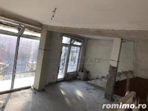 Casă / Vilă cu 3 camere de vânzare în zona Spitalul Judetean - imagine 7