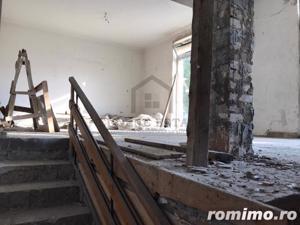 Casă / Vilă cu 3 camere de vânzare în zona Spitalul Judetean - imagine 8