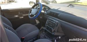 Ford Galaxy - imagine 4