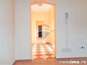 Apartament cu 2 camere, Cantemir, Etaj 4, Renovat - imagine 4