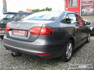VW JETTA 1.6 TDI DPF BLUEMOTION 105 CP 2013 COMFORTLINE  - imagine 4