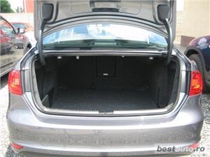 VW JETTA 1.6 TDI DPF BLUEMOTION 105 CP 2013 COMFORTLINE  - imagine 12