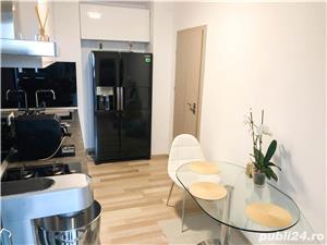 Ultracentral - Capitol - Bd.Mamaia, apartament cu 3 camere mobilat si utilat de lux - imagine 2