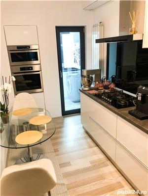 Ultracentral - Capitol - Bd.Mamaia, apartament cu 3 camere mobilat si utilat de lux - imagine 7