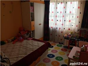 Apartament 3 camere de vanzare Centru - imagine 3