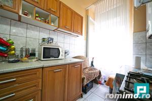 Apartament la casa cu 2 camere la PODGORIA - imagine 7