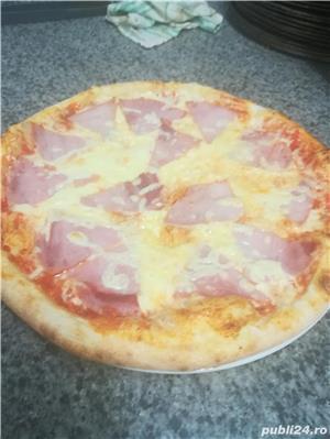 Caut job ca:Bucătar, Aj de Bucătar sau Pizzar in Străinatate..  - imagine 4
