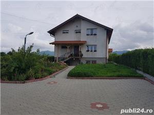 Casa ORLAT 215mp util, teren 2000mp, 4 dormitoare, 3 bai - imagine 1