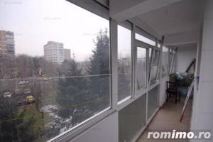 Apartament de 3 camere foarte frumos stradal pe Brancoveanu - imagine 2