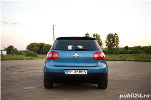 VW Golf 5 1.6 Benzina 116cp - imagine 3