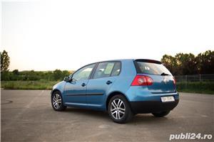 VW Golf 5 1.6 Benzina 116cp - imagine 4