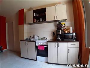 Zona Lipovei apartament 2 camere semidecomandat - imagine 3