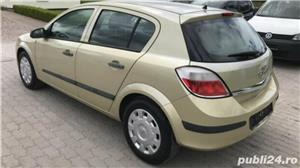 Opel Astra 1.4 benzina 65000 km an 2004 - imagine 4