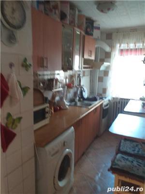 Vand  apartament cu trei camere  - imagine 7