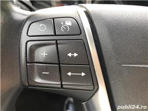 Volvo xc-60 - imagine 11