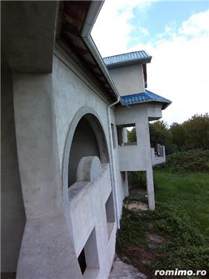 Vand cladire in Baicoi langa DN1 - imagine 8