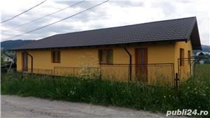 Casa la ,,,Neagra Sarului - imagine 10