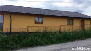Casa la ,,,Neagra Sarului - imagine 8