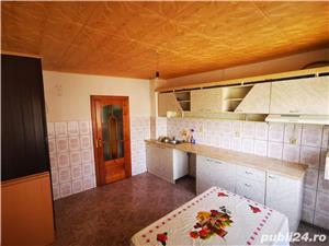 Vand apartament in zona linistita - imagine 2