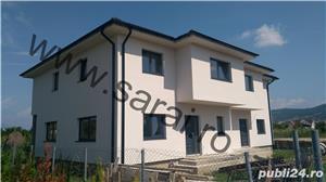 Casa tip duplex = 145mp utili, toate uitilitatile,situat pe 3 ari teren - imagine 1