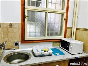 Proprietar, Inchiriez Apartament Bd. Revolutiei (Medicina) - imagine 7